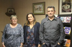 Chantal Aycaguer, le maire Cathy Dupouy et Richard Vignolles